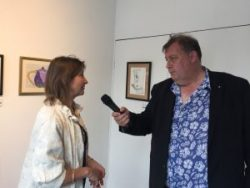 Dom Chambers from Somer Valley FM interviewing Philippa from Creativity Works about the Fresh Art@project